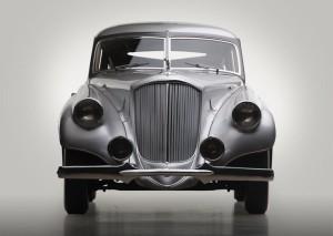 automotive-silver-arrow-01-805x572