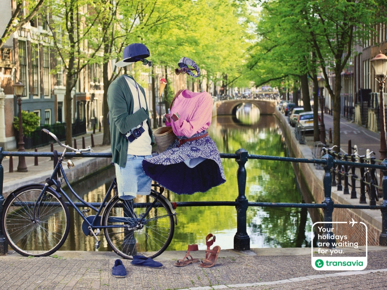 transavia-waiting-weekend-print-381639-adeevee